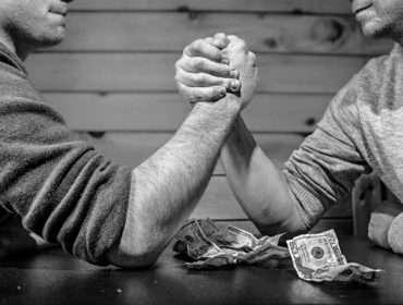 Wie wird der Hebel für CFD-Investments berechnet